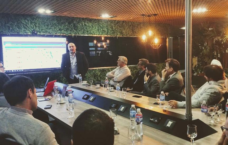 Presentación de Muvin App en la Bolsa de Comercio de Rosario.