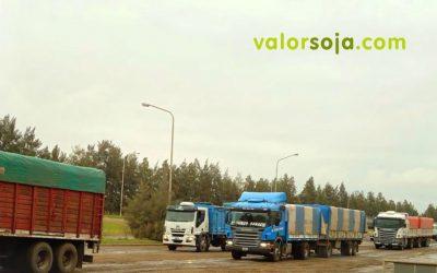 La intermediación tradicional del transporte de granos se lleva hasta 400 M/u$s por año: ¿Cuánto valor agrega?